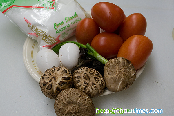 tomatoswirleggsoup-10