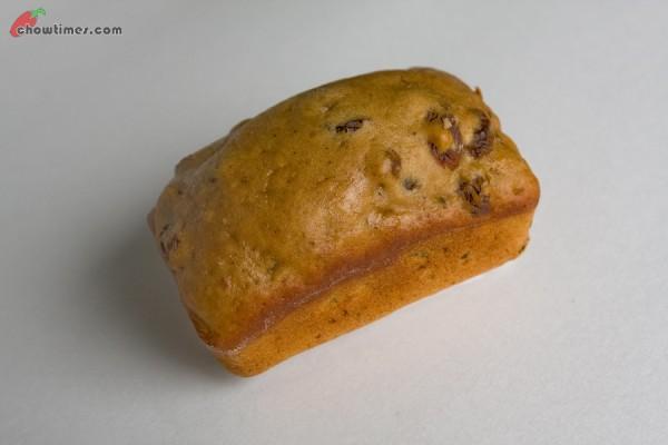 Raisin-Tea-Muffin-21-600x400