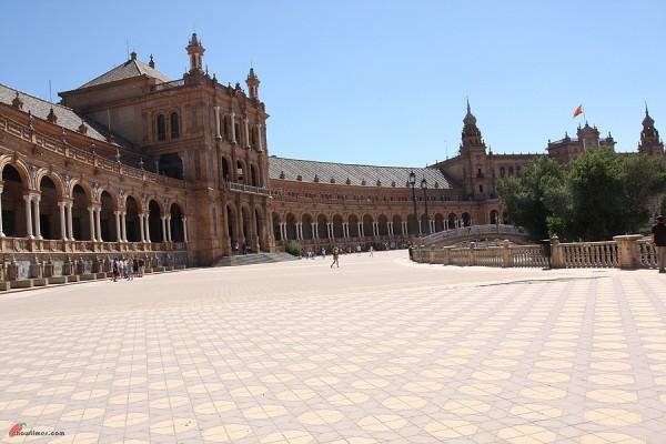 Seville-Rabo-de-Toro-Oxtail-10-600x400