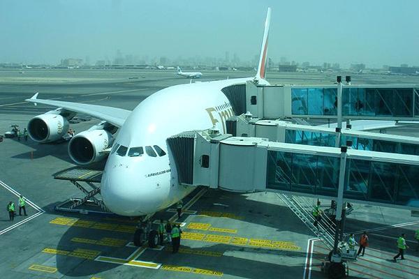 Emirates-Airbus-A380-1