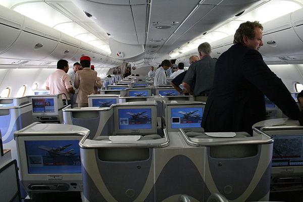 Emirates-Airbus-A380-14