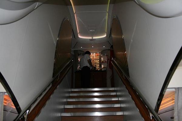 Emirates-Airbus-A380-21