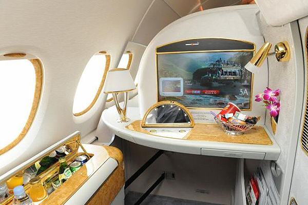 Emirates-Airbus-A380-5