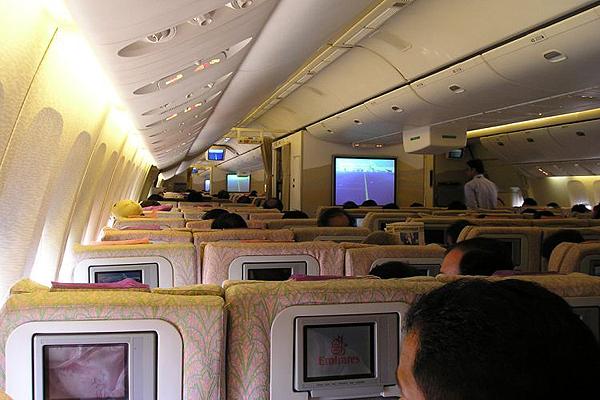 Emirates-Airbus-A380-9