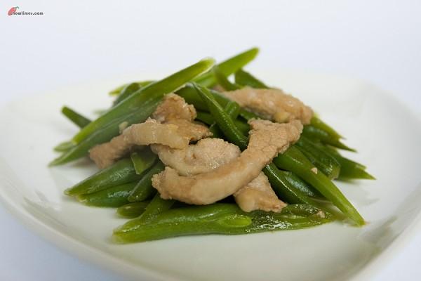 Pork-Jowl-Greenbean-Stirfry-1-600x400