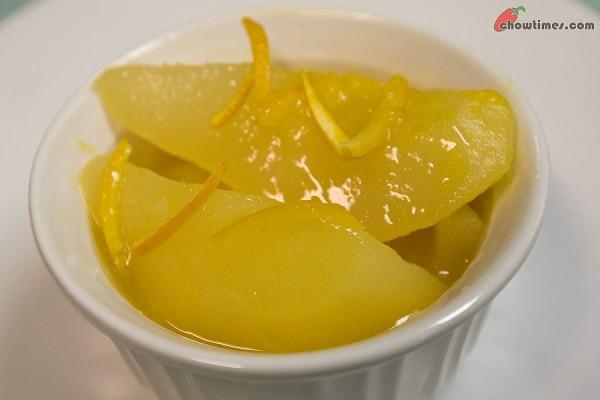 Orange-Poached-Pears-7-600x400