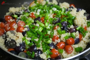 Spinach-Salad-with-Quinoa-4-300x200