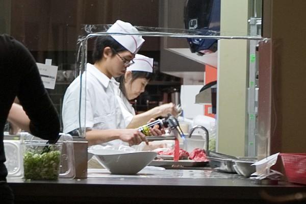 Chef-Hung-Taiwan-Beef-50-600x400