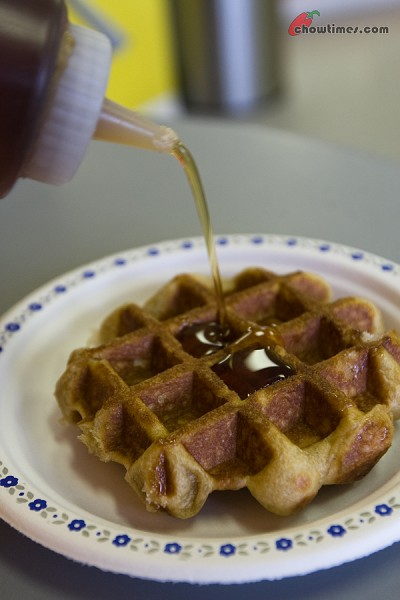 Damiens-Real-Belgian-Waffle-20-400x600