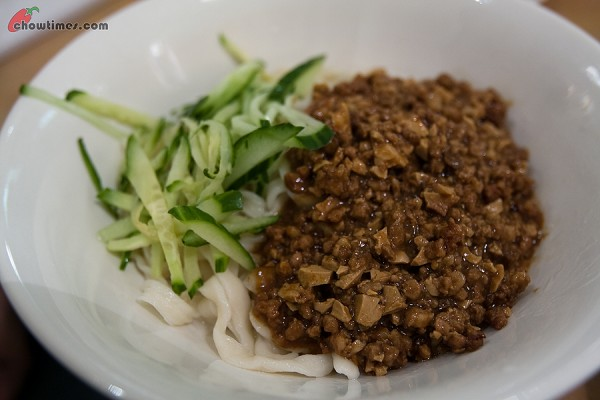 Tonys-Beef-Noodle-3-600x400