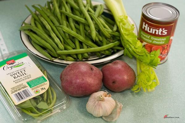 Green-Beans-Tomato-Sauce-1-600x400