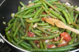Green-Beans-Tomato-Sauce-4-300x200