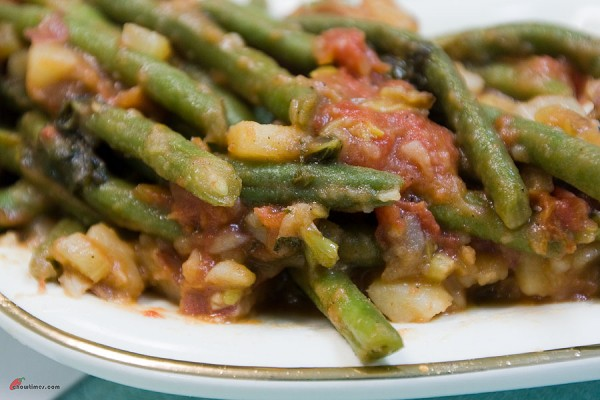 Green-Beans-Tomato-Sauce-5-600x400