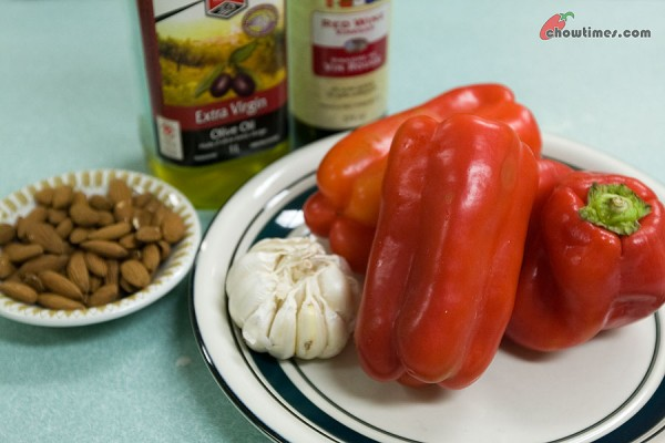 Red-Pepper-Almond-Dip-4-600x400