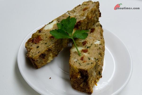 Turkey-Meatloaf-Feta-7-600x400
