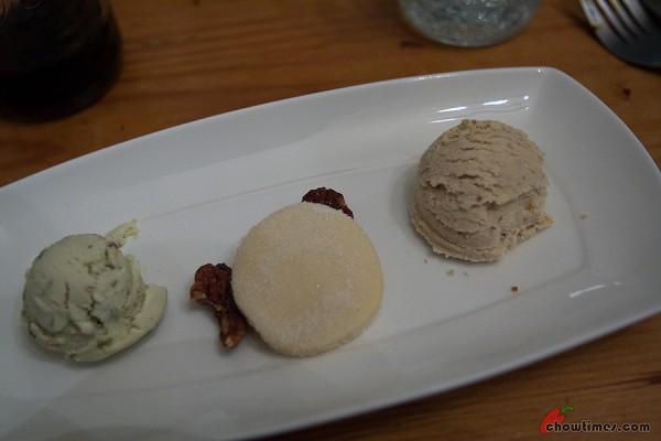 Brandy fig star anaise ice cream. Pistachio ice cream. Glazed pecans. Shortbread.