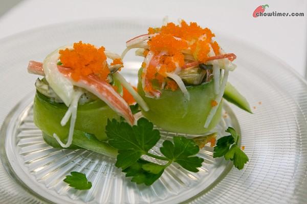 Cucumber-Sushi-10-600x400