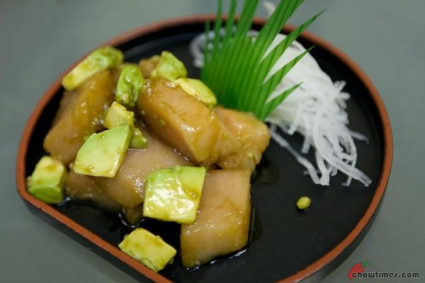 Sakura-Sushi-Richmond-3-600x400