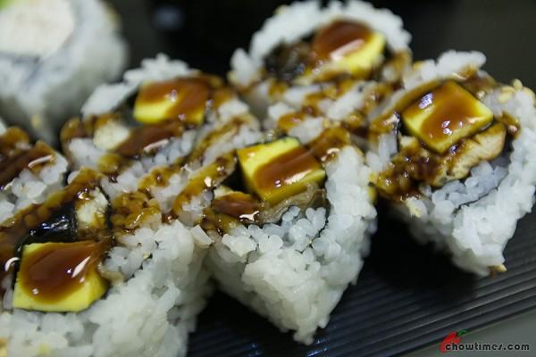 Sakura-Sushi-Richmond-4-600x400