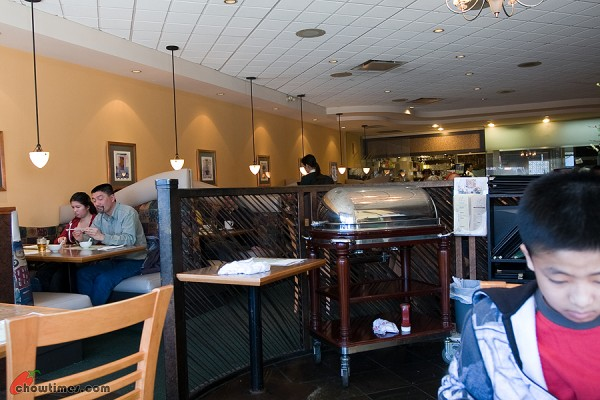 Cafe-Gloucester-Vancouver-1-600x400