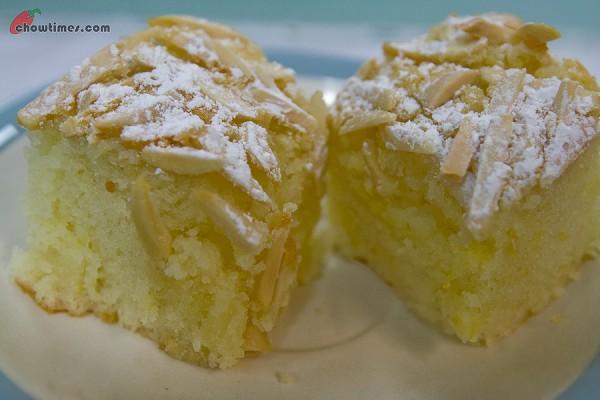 Spanish-Almond-Cake-8-600x400