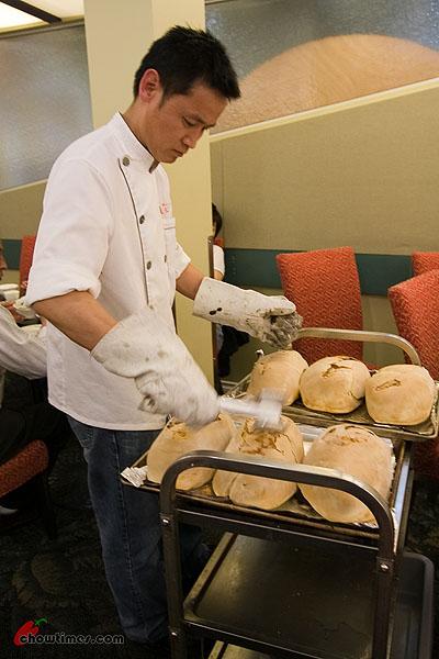 Chef-Ming-Beggar-Chicken-1