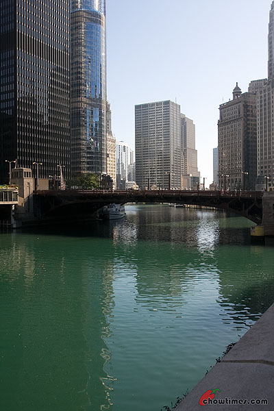 Chicago-River-Walk-20