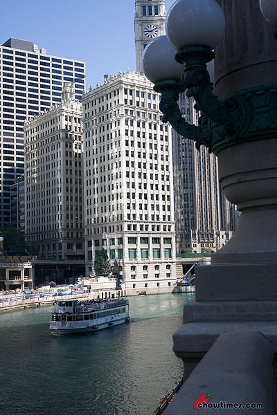 Chicago-River-Walk-23