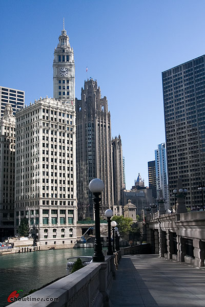 Chicago-River-Walk-24