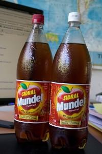 Sidral-Mundet-Bottle-1-400x600