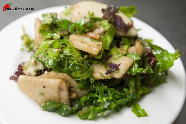 Winter-Kale-Salad-10-600x400