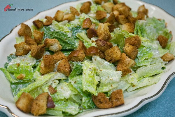 No-Guilt-Caesar-Salad-6-600x400