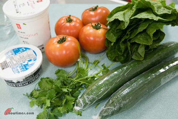 Cucumber-Tomato-Salad-1-600x400