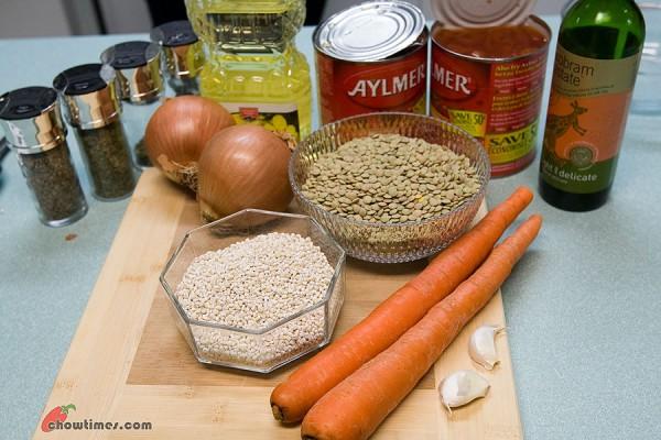 Herbed-Lentil-Barley-Soup-1-600x400