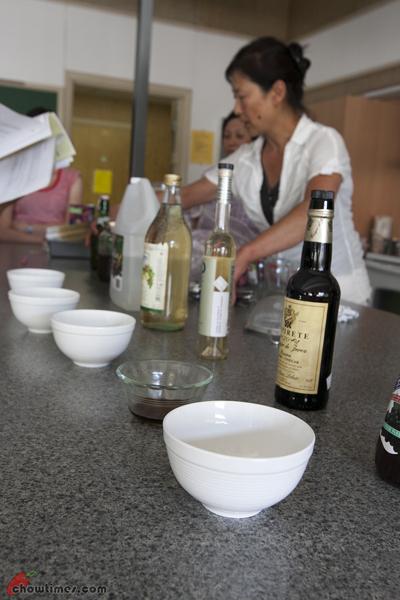 Making Flavoured Vinegar-4