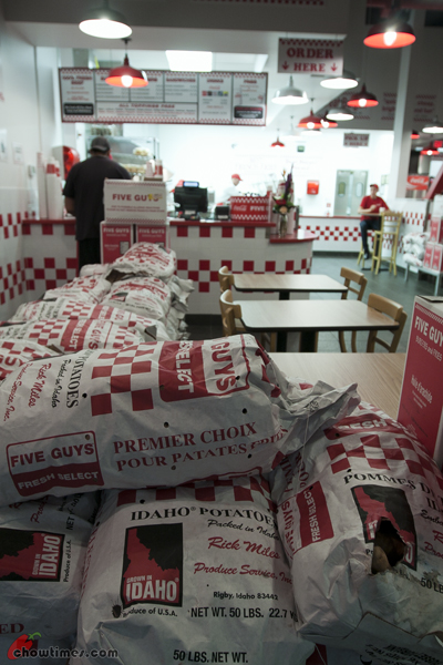 Five-Guys-Burgers-And-Fries-Surrey-16
