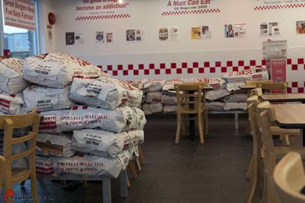 Five-Guys-Burgers-And-Fries-Surrey-6