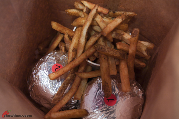 Five-Guys-Burgers-And-Fries-Surrey-7