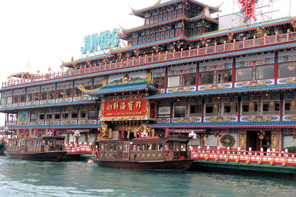 Jumbo-Floating-Restaurant-Hongkong