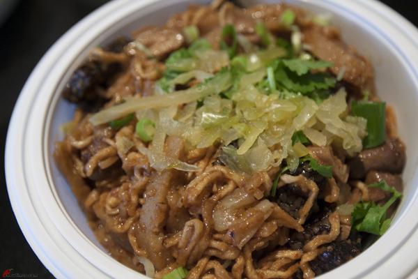 Tri-Pot-Taiwanese-Richmond-9