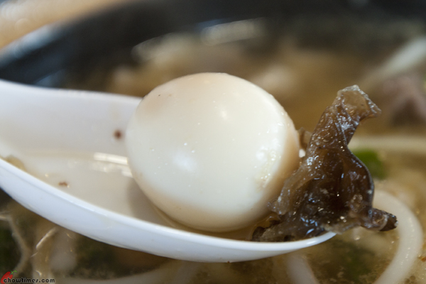 Yunnan-Cross-Bridge-Rice-Noodle-Crystal-Mall-8