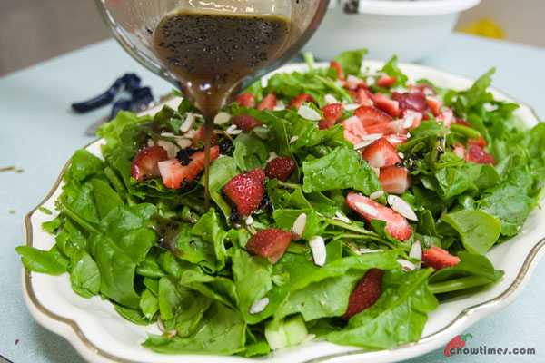Spinach-Strawberry-Salad-2