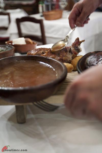 Madrid-Botin-World-Oldest-Restaurant-9