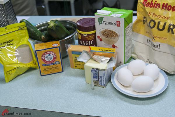 Zucchini-Cheddar-Muffins-1
