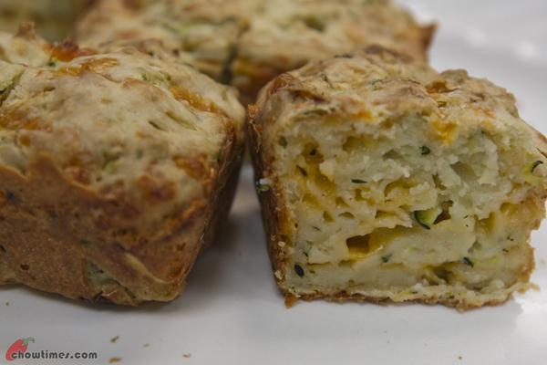 Zucchini-Cheddar-Muffins-10