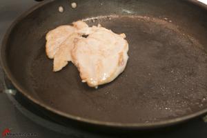Chicken-Broth-with-Matzo-Ball-21