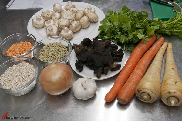 Mushroom-Barley-Lentil-Soup-1