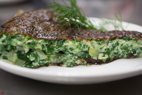 Omelette-with-Spinach-and-Cheese-13