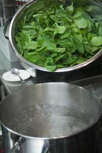 Omelette-with-Spinach-and-Cheese-3