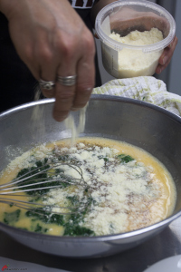 Omelette-with-Spinach-and-Cheese-7